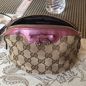 Authentic Gucci Make up pouch